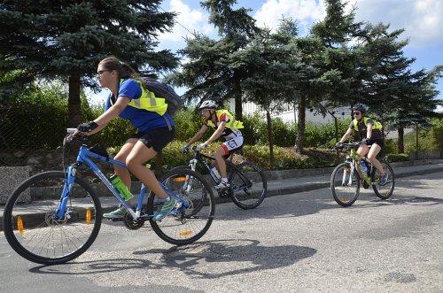 Na rowerze przez lasy, pola i łąki